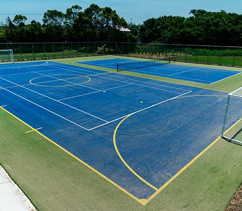 テニス&フットサル兼用コート(人工芝/オムニ)